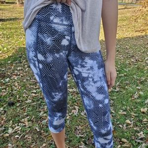North Face blue & white workout pants